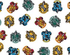 Buy a fabric fat quarter or by the metre of this Harry Potter Hogwarts House Crest cotton fabric by Camelot Fabrics, sold from the UK. Harry Potter School, Harry Potter Houses, Gryffindor Slytherin Hufflepuff Ravenclaw, Hogwarts, Harry Potter Fabric, Christmas Fabric Crafts, Fabric Houses, Fabric Shop, Harry Potter Collection