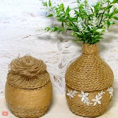 There's just so much you can do from jute & plastic bottles By: Needlework and beads from Tatiana bottle crafts JUTE CRAFTS Diy Crafts For Home Decor, Diy Crafts Hacks, Diy Crafts For Gifts, Diy Arts And Crafts, Creative Crafts, Creative Ideas, Reuse Plastic Bottles, Glass Bottle Crafts, Plastic Bottle Crafts