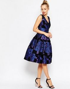 Buy ASOS PETITE Blue Rose Jacquard Midi Prom Dress at ASOS. Get the latest trends with ASOS now. White V Neck Dress, White Fitted Dress, Fitted Prom Dresses, V Neck Prom Dresses, Dress Prom, Tall Dresses, Midi Dresses, Petite Dresses, Midi Skater Dress