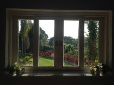 Além da janela...