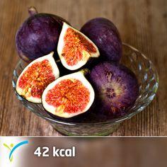 Bu akşamki meyve tercihini incirden yana kullanmaya ne dersin?  İncir, yüksek oranda posa içeren bir meyvedir. Yüksek lif oranı sayesinde kabızlığı önler. Bunların yanı sıra B1, B2 vitaminleri ile folik asit kaynağı olarak da zengin bir kaynaktır. Ayrıca yüksek miktarda kalsiyum içerir.   1 adet incir (65gram) 42 kaloridir.