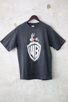 t shirt oversize WB Bugs Bunny black shirt by imtryingtofocus