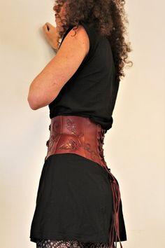 908566556867 CEINTURE RESERVEE !! serre taille cuir   ceinture large   serre taille   ceinture  large en cuir   ceinture prune   18 19