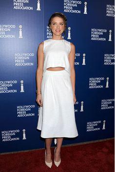 La jovencísima Amber Heard, que optó por el blanco nuclear y un moño estilo boho fue una de las actrices que más furor causó en el evento.