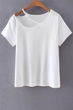 Cut Out Round Collar Short Sleeve T-Shirt (Diy Ropa Poleras) Diy Kleidung, Diy Vetement, T Shirt Diy, Diy Cut Shirts, Diy Clothing, Refashion, Shirt Designs, My Style, Clothes