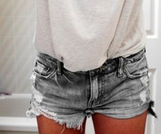 I'm kind of starting to Like all the distressed denim shorts.  It's growing on me...