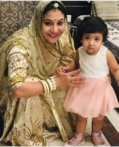 Shivani Rathore 💫 Indian Bridal Outfits, Indian Bridal Fashion, Rajput Jewellery, Rajasthani Dress, Rajputi Dress, Royal Dresses, Ethnic Dress, Crop Top Sweater, Lehenga Designs