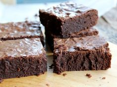 The ultimate fudgy brownies from Serious Eats by Yvonne Ruperti