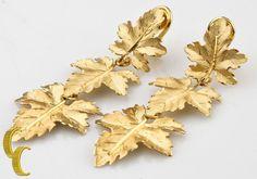 Gorgeous Vtg Buccellati 18k Yellow Gold Maple Leaf Clip-on Dangling Earrings #Buccellati #DropDangle