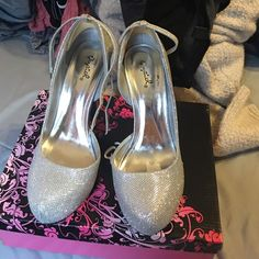 prom heels They are silver glitter size 8 1/2 used one time for prom‼️in perfect condition Qupid Shoes Heels