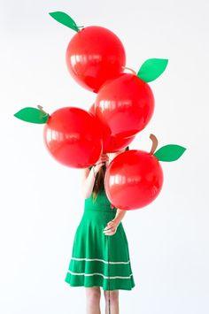 la decoración de mis mesas: Decorar con globos: Manzanas