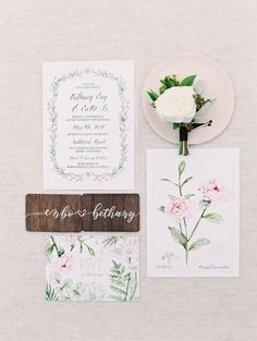 Floral filled wedding invitations | Photography: Esther Sun