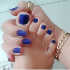 Only sexy feet Pretty Toe Nails, Cute Toe Nails, Pretty Toes, Pedicure Nail Art, Toe Nail Art, Beautiful Toes, Gorgeous Nails, Blue Fingers, Blue Toes