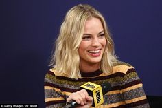 Margot Robbie looks stylish in stripes at Toronto Film Festival Margot Robbie, Harley Quinn, Yves Saint Laurent Bags, Celebrity Hairstyles, Casual Hairstyles, Medium Hairstyles, Curly Hairstyles, Wedding Hairstyles, How To Draw Hair