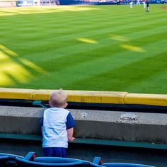 I'm excited too little buddy. #dadtography @mlb @braves
