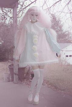 If I was a clown. Harajuku Fashion, Kawaii Fashion, Cute Fashion, Fashion Outfits, Costume Halloween, Halloween Photos, Vintage Halloween, Cute Clown Costume, Clown Dress