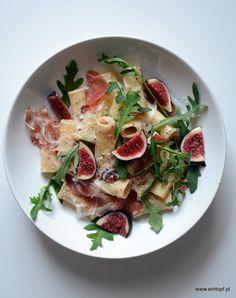 eintopf: makaron z figami i prosciutto