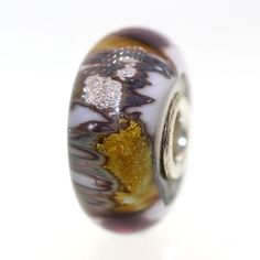 Trollbeads Gallery - Golden Cave:With a Twist 41, (http://www.trollbeadsgallery.com/golden-cave-with-a-twist-41/)  GREAT Bead!
