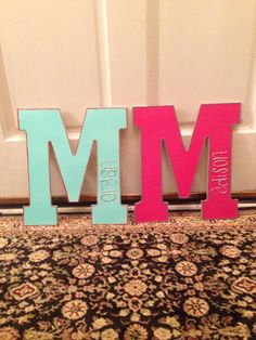 Cute to make and hang on the outside of your dorm #college #DIY