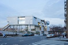 Gallery of Campbell Sports Center / Steven Holl Architects - 7