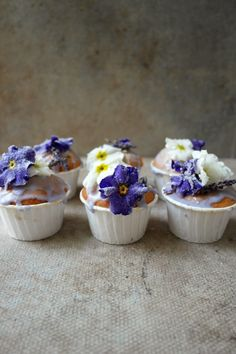 all this awful weather has me dreaming of spring, so i made these floral cupcakes to get me in the mood, there are so many edible flowers and primroses are in season now. i added some lavender extract which i made last year by adding lavender into a bottle with some vodka and then ileft …