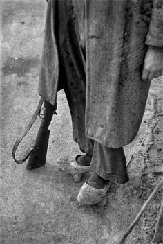 Spain - 1936-39. - GC - Las imágenes de la guerra de Asturias de «Chim» Spanish War, History, Blog, Miniatures, Photos, War, Refugee Camps, Photojournalism, Antique Photos