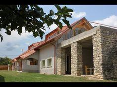 Pécsely - Egy eredetileg százéves, de 2011-ben újjá épített ház - Kód: JLH18. - http://balatonhomes.com/JLH18/lakohaz-pecsely-200nm-1982nm - Vételár: 89 000 000 Ft. - BalatonHomes Ingatlanközvetítés: http://balatonhomes.com/