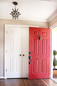 Open Doors  This may seem like a small idea, but taking a few minutes every day to open the doors or windows will really help air out your home. You may not smell it, but funky odors can sometimes spring up right under your nose pretty quickly. Keeping the doors open can help get that smell out.