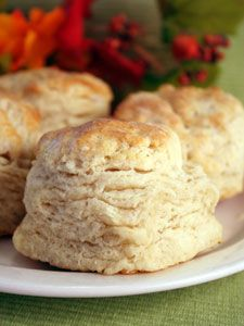 Classic Buttermilk Biscuit Recipe - made these tonight and they're delicious. Easy recipe, fluffy, layered biscuits.