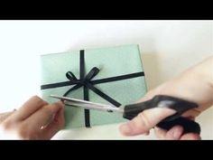 Como dar um laço perfeito - Lilou Estúdio (how to make a perfect lace)
