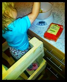 nell's lovely handmade stuff: Spaghetti mit Linsenbolognese... Plastic Cutting Board, Spaghetti, Kids, Young Children, Boys, Children, Noodle, Boy Babies, Child