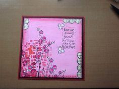 Kaart met gesso,verf en jofystempels ingekleurd met tombowstiften