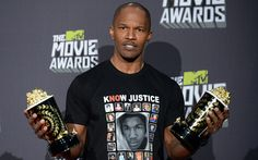 Woah, Jamie foxx obviously wanted to make a political statement by wearing his 'shirt' at MTV's movie awards. For a guy who is popular for the most violent film of the year, kind of a bad time for gun control bias, hmm?!