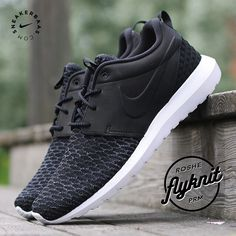 #roshe #flyknit #prm #sneakerbaas #baasbovenbaas  Nike Rosherun - The Nike Roshe Flyknit goes another mile with this colorway. A black upper with flyknit-technology is the perfect match!  Now online available | Priced at 134.99 EU | Men Sizes 40 - 48.5 EU