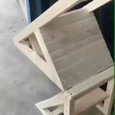 The most unexpected trick. I guess it is a result of a true master at work. The most unexpected trick. I guess it is a result of a true master at work. Diy Furniture Videos, Diy Furniture Projects, Diy Wood Projects, Furniture Makeover, Home Projects, Furniture Design, Diy Storage Furniture, Wood Crafts, Woodworking Furniture Plans