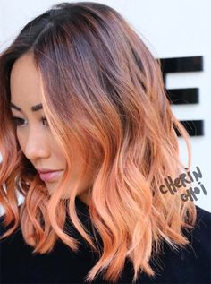 26 Pretty Peach Hair Color Ideas: How To Peach Hair - Nieuwste kapsels bob-kapsels Ombre Hair, Balayage Hair, Blonde Ombre, Dye Hair, Peach Hair Colors, Hair Colour, Medium Hair Styles, Long Hair Styles, Red Hair Color