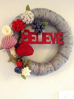 Believe Mushroom Christmas Wreath, Gray and Red Yarn Wreath, 14 Inch Holiday Wreath