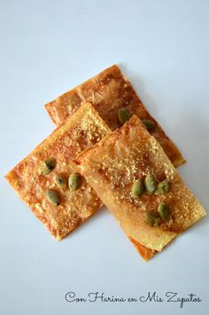 Crujientes de Pasta Filo y Parmesano - Servant Tutorial and Ideas No Cook Appetizers, Finger Food Appetizers, Recetas Pasta Filo, Food Decoration, Mini Foods, Catering, Food And Drink, Favorite Recipes, Snacks
