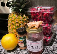 Don't Get Your Cranberry Sauce Out Of A Can (Homemade Cranberry Sauce Is Way Better!)