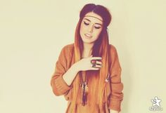 Love her makeup, hair, and clothes <3