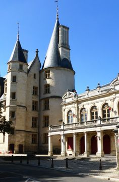 Palais Ducal and Theater in the old part of #Nevers #Nievre #Burgundy