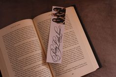 Pretty little liars bookmark