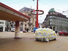 Die Welt für Velofahrer verpackt: http://www.streuplan.com/2013/04/die-welt-fur-velofahrer-verpackt.html