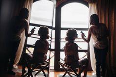 отражение мб зеркальце и свет у окна