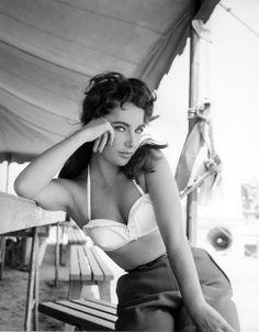 Elizabeth Taylor - 1956