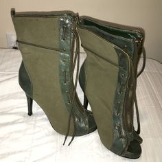 Zipper Up Open Toe Boots Worn only ONCE!! Super comfortable and a bit old school. Perfect for Summer. Shoes do have small black marks on the sides but it's from being stored away, I promise it nothing major. Overall very cute and stylish!! Shoes Heels