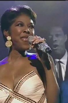 Your unforgettable voice and grace will always shine - Rest In Peace, Natalie Cole. Unforgettable Natalie Cole, Dawn Pictures, Nat King, Vintage Black Glamour, Women In Music, Jenni Rivera, Aretha Franklin, Music Icon, Passed Away