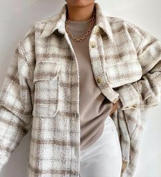 Winter Fashion Outfits, Look Fashion, Autumn Winter Fashion, Autumn Look, Autumn Style, Plaid Jacket, Shirt Jacket, Plaid Coat, Pastel Outfit