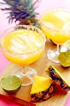 Beat the heat with these cool summer drinks. With refreshing summer cocktails and mocktails as well as creative twists on classic lemonade and blended margaritas, we've chosen a collection of refreshing summer drinks for you to sip all season long. Easy Mocktails, Easy Mocktail Recipes, Drinks Alcohol Recipes, Non Alcoholic Drinks, Margarita Mocktail Recipe, Drink Recipes, Mocktail Drinks, Fireball Recipes, Carbonated Drinks