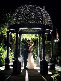 Located just seconds from Downtown Schenectady, the Glen Sanders Mansion is the perfect location for your Wedding, Event, or an overnight stay at our Inn. Wedding Photography, Mansions, Hospitality, Wedding Ideas, Weddings, Manor Houses, Villas, Wedding, Mansion